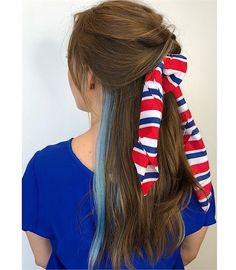 11 Patriotic Looks that Will Steal Any Firework Show - Inspiration - Modern Salon Hair Color Blue, Blue Hair, Patriotic Outfit, Fireworks Show, Holiday Hairstyles, Declaration Of Independence, Fourth Of July, Braids, Hair Styles