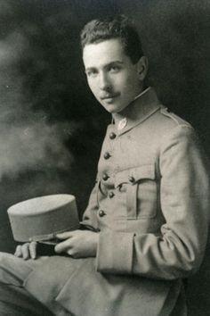 Louis Aragon in Uniform