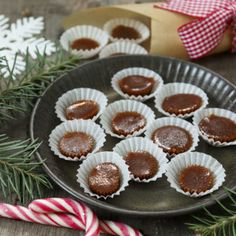 vegansk knäck Mini Cupcakes, Vegan Recipes, Muffin, Easy Meals, Vegetarian, Breakfast, Desserts, Christmas, Food
