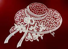 de spoel etta Irish Crochet, Crochet Lace, Crochet Stitches, Bobbin Lacemaking, Types Of Lace, Bobbin Lace Patterns, Parchment Craft, Point Lace, Tatting Lace