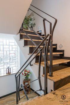 Metallgestaltung Josef Still - Kunstschmiede Kolbermoor - www.metall-schmiede.de - #Kunstschmiede #Geländer #Treppe #Handlauf #Schmiede #München #Rosenheim #individuell #Eisen #Modern #Gestaltung #Wohnen #Design #Unikat #Handwerk #Haus #Garten