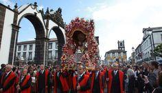 Festas: Senhor Santo Cristo dos Milagres streamed online on the Internet – Azores
