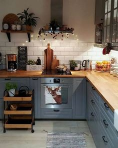 surprising small kitchen design ideas and decor 26 ~ mantulgan.me surprising small kitchen design i. Home Decor Kitchen, Country Kitchen, New Kitchen, Summer Kitchen, Kitchen Wood, Design Kitchen, Open Shelf Kitchen, Kitchen Hair, Kitchen Yellow