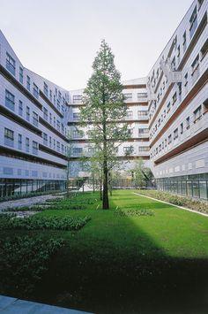 van Dongen–Koschuch Architects and Planners   Woongebouw The Whale, Amsterdam
