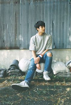 Nam Woohyun first solo 'Write'