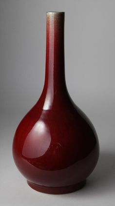 Large oxblood Chinese Lang Yao vase 17/18th century.Height: 15 3/8 inches