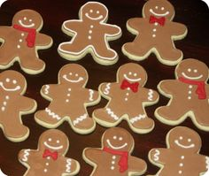 pretty gingerbread cookies | is just royal icing, I've tried several recipes (they are all pretty ...