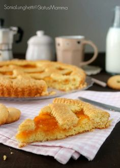 Nonna's Classic Apricot Crostata Gourmet Recipes, Sweet Recipes, Real Food Recipes, Dessert Recipes, Italian Desserts, Italian Recipes, Crostata Recipe, Desserts With Biscuits, Delicious Desserts