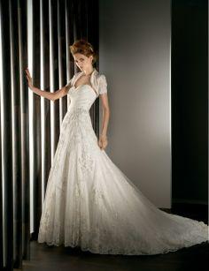 Sweetheart dropped waist A-line lace wedding dress