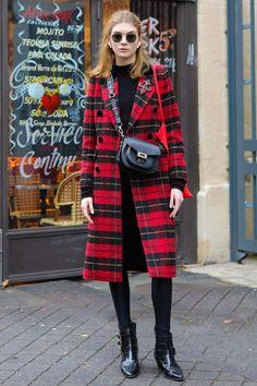 おしゃれローカルを探せ! 海外ストリートスナップ:パリ - おしゃれローカルを探せ! 海外ストリートスナップ | VOGUE GIRL Winter Style, Autumn Winter Fashion, Fall Winter, Punk, Street Style, Womens Fashion, Model, Outfits, Clothes