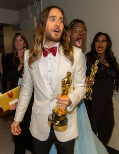 Jared Leto with Lupita photo bomb