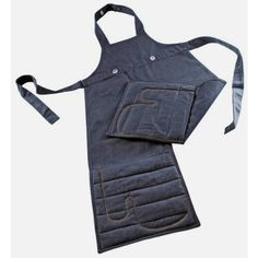 Home Address Denim Apron With Oven Gloves (325 CNY) ❤ liked on Polyvore featuring home, kitchen & dining, aprons, denim apron, barbecue apron, cook apron, bbq apron and barbeque apron