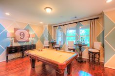 Fantastic #gameroom! #pooltable #gamenight #roomdecor