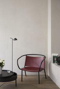 Peek Floor Lamp by Jonas Wagell