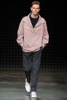 E. Tautz Spring 2016 Menswear Collection Photos - Vogue