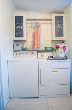 Beautiful Manufactured Home Decorating Ideas - Laundry Room 2
