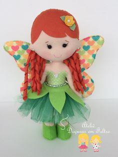 Felt Crafts Diy, Felt Diy, Handmade Felt, Doll Crafts, Wool Dolls, Felt Dolls, Fabric Dolls, Hobbies And Crafts, Arts And Crafts