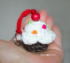 Crochet Cupcake Keychain Pattern | Repeat Crafter Me | Bloglovin'