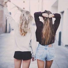 Image about girl in Best Friends by Average Girl Best Friend Pictures Tumblr, Friend Tumblr, Bff Pictures, Friend Photos, Ft Tumblr, Tumblr Girls, Blond, Best Friend Fotos, Shotting Photo
