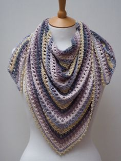 Thousand Kisses Shawl By Samantha Roberts - Purchased Crochet Pattern - (ravelry)
