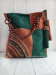 Leather Handbags, Leather Bag, Sassy Hair, Patchwork Bags, Types Of Bag, Love Sewing, Cloth Bags, Wallets For Women, Bag Making
