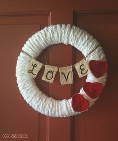 This Valentine& Love Wreath is welcoming for gusts and the perfect touch for your Valentine& Day decorating Valentine Day Wreaths, Valentines Day Decorations, Valentine Day Love, Valentine Day Crafts, Holiday Wreaths, Holiday Crafts, Holiday Fun, Printable Valentine, Homemade Valentines