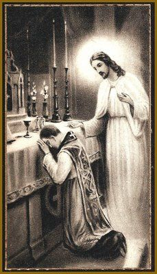Prêtre qui prie.Jésus est près de lui