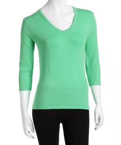 Love this Kelly Green Three-Quarter Sleeve Sweater - Women on #zulily! #zulilyfinds
