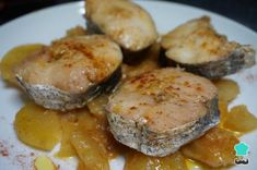 Receta de Guiso de merluza con patatas potato al horno asadas fritas recetas diet diet plan diet recipes recipes Hake Recipes, Potato Recipes, New Recipes, Healthy Recipes, Fish Dishes, Main Dishes, Food Categories, Homemade Cakes, International Recipes