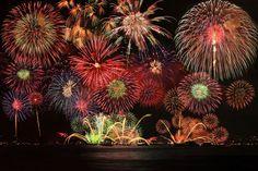 Fireworks display in Hiroshima-city #hiroshima #japan