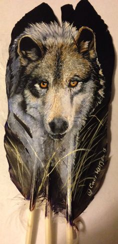 The Wolf - strong but fragile . Please fight for the wolves existence. Painting on turkey feather. Feather Painting, Feather Art, Feather Jewelry, Native Art, Native American Art, Beautiful Wolves, Beautiful Birds, Turkey Feathers, Wolf Spirit