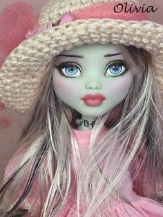 Repainted Monster High dolls by Ellen Harris