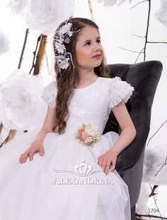 «First communion dress Gypsy Dresses, Flower Girl Dresses, Candy Dress, White Peonies, Communion Dresses, First Communion, Tulle Dress, White Dress, Wedding Dresses