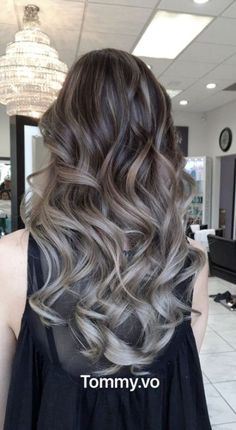 5 Unbelievable Balayage Ash Hair Colors You Can go For! Grey Hair Wig, Brown Ombre Hair, Ombre Hair Color, Hair Color Balayage, Brown Hair Colors, Hair Highlights, Ash Balayage, Brown Hair To Ash Blonde, Ash Brown Hair Balayage