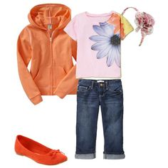 This is a cute way to accessorize and have a print with matching colors in the ensemble!