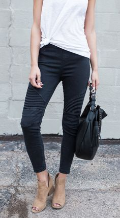 $36.99! Black Piper Jegging Get ready for Fall fashion! Find fashionable outfits for the new season.