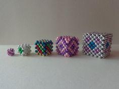 További ötletek, tanácsok a kocka fűzéséhez - Mesés gyöngyök Bead Patterns, Beaded Bracelets, Beads, Collection, Jewelry, Accessories, O Beads, Jewellery Making, Beading