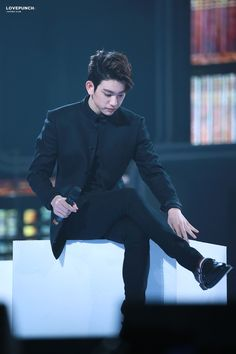 Jinyoung is so stylish