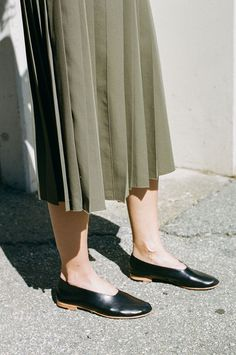 A shoe worth showing off. We can't get enough of footwear designer Martiniano. The glove shoe has become a classic of ours and many others. It is simple, clean and remarkably comfortable. Available in all sorts of colors, it seriously goes with everything.