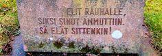 Popkulttuuria ja undergroundia: Sotilaspoika veteraanipäivänä STOAssa - ja käynnit vastarintaliikkeiden sankarien ja pasifistien haudoilla