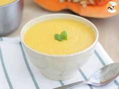 A delicious soup recipe with pumpkin : a creamy soup to get warmer during the fa. - A delicious soup recipe with pumpkin : a creamy soup to get warmer during the fall. Entree Recipes, Soup Recipes, Cooking Recipes, Drink Recipes, Whole Food Recipes, Healthy Recipes, Pumpkin Recipes, Food Videos, Entrees