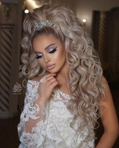 Quince Hairstyles, Formal Hairstyles For Long Hair, Fancy Hairstyles, Bride Hairstyles, Glamour Makeup Looks, Bridal Hair Buns, Braut Make-up, Wedding Hair Inspiration, Wedding Hair Down