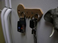 Magnetic Key Hangar #home #decor #organization #storage #woodworking