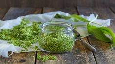 Ramsløksalt - MatPrat Parsley, Pickles, Cucumber, Mason Jars, Herbs, Health, Food, Nature, Naturaleza