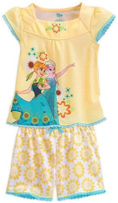 c39a82e9fb Amazon.com  Disney Store Anna and Elsa - Frozen