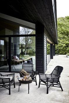 Ideas For Modern Patio Furniture Fire Pits House Doctor, Outdoor Rooms, Outdoor Living, Outdoor Decor, Unique Garden, Easy Garden, Gazebos, Balkon Design, Outdoor Kitchen Design