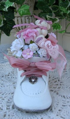 Baby sweetness in this cute shoe for a baby-shower