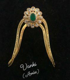 Finger rings #bridaljewelleryonredlehnga Vanki Designs Jewellery, Jewelry Design Earrings, Gold Earrings Designs, Gold Jewellery Design, Bridal Jewellery, Gold Rings Jewelry, Antique Jewelry, Silver Rings, Gold Ring Designs
