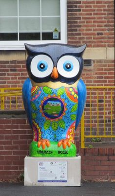 Poddy Fozia Owl at Ward End Library Birmingham 2015 raised 4,000 pounds at the auction