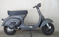 Vespa Smallframe, Italian Scooter, Vespa Px, Scooters, Cars And Motorcycles, Passion, Bike, Pure Products, Mens Fashion